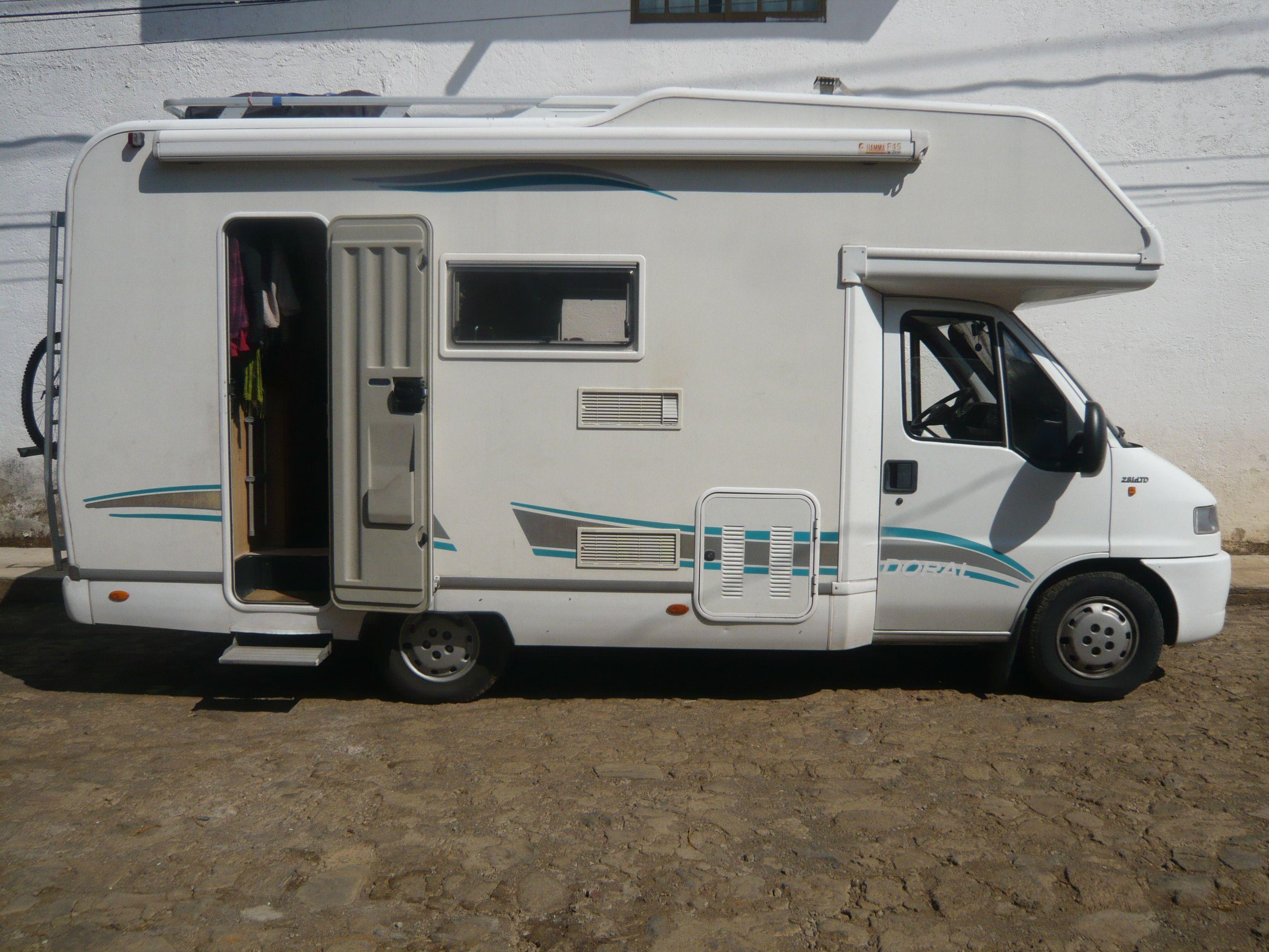 camping car vendre en am rique du sud. Black Bedroom Furniture Sets. Home Design Ideas